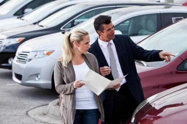 Купить новый автомобиль в кредит или взять авто с пробегом?
