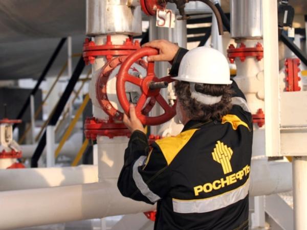 Российская компания Роснефть подписала договор с Китаем о поставке нефти стоимостью 270 миллиардов долларов