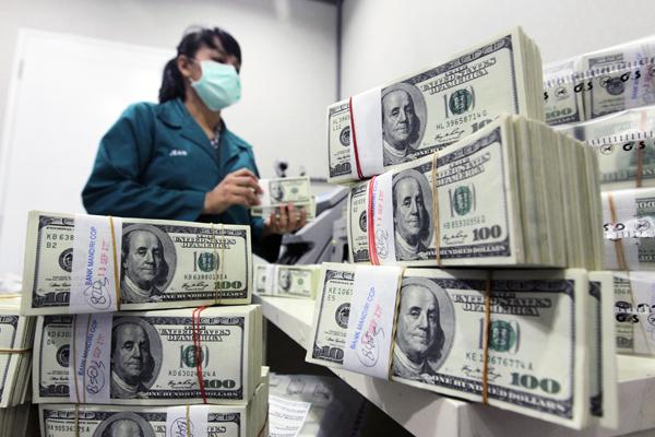 Швейцария  предостерегает США и Великобританию о гиперинфляции