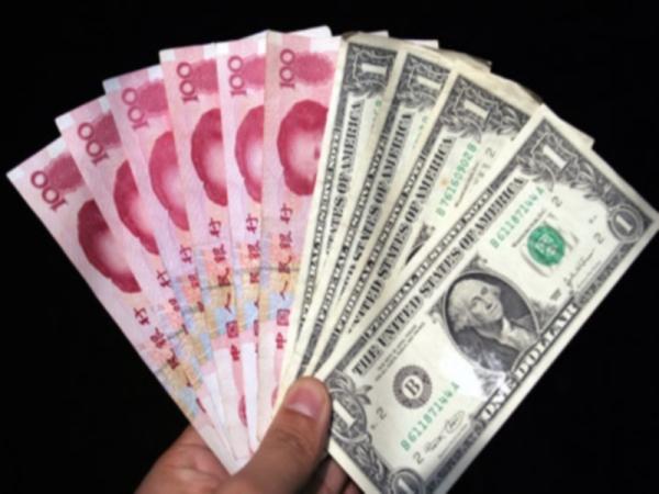 Курс иены превысил 100 единиц по отношению к доллару