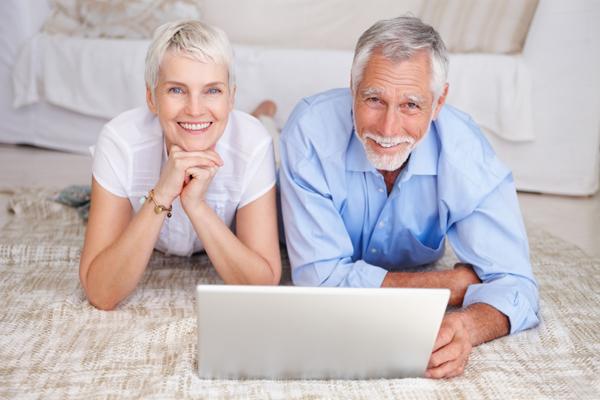 Как можно взять кредит пенсионеру?