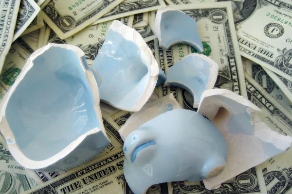 Банкротство кредитора - что делать с займом ?