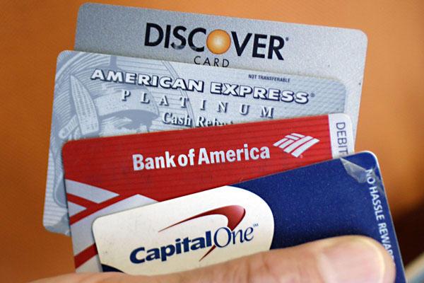 Как были созданы банковские пластиковые карты?