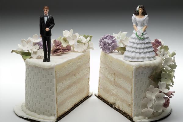 Развод с кредитом – кому достанется долг?
