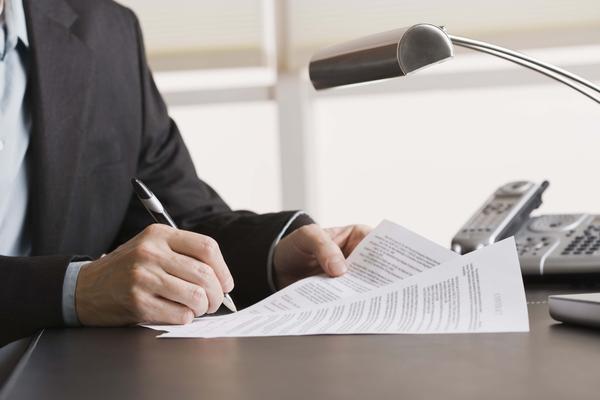 Пять ловушек для заемщика или подвохи в карточных договорах кредитования