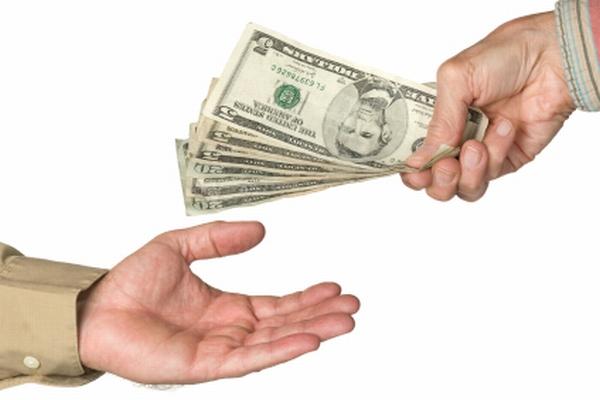 Как взять кредит должникам банков и тем, кто испортил свою кредитную историю?