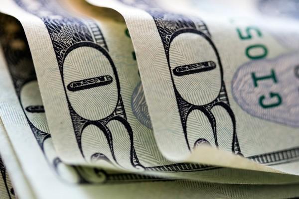 Как вернуть отданные банку комиссионные деньги при кредитовании?