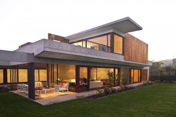 Кредит на строительство дома – особенности и сложности