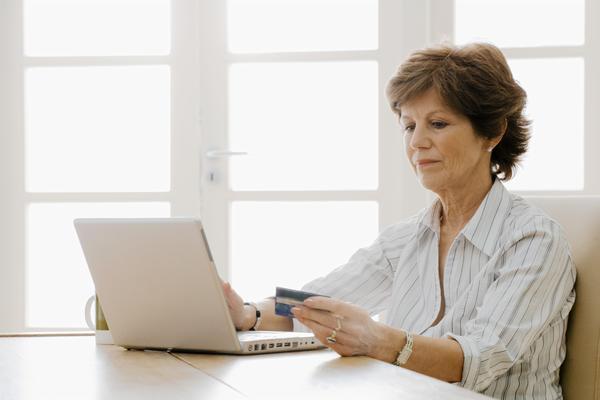 Как происходит оплата с кредитной карты? Часть 2