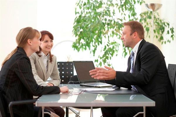 Кредитный брокер – так ли нужны его услуги при оформлении ипотеки?