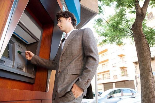 Как устроен банкомат и как он работает?