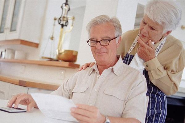 Где и на каких условиях выдают кредиты для пенсионеров?