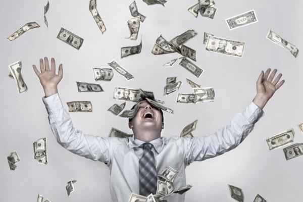 Займы в МФО продолжают выдаваться в прежнем режиме, а число проблемных задолженностей растет