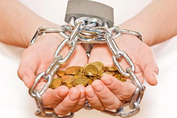 Что такое, как большая часть из нас постоянно говорит, проблемная задолженность и как с ней, наконец, борются банки?