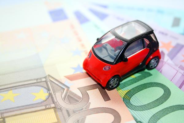 Как купить автомобиль в кредит и не остаться без гроша?