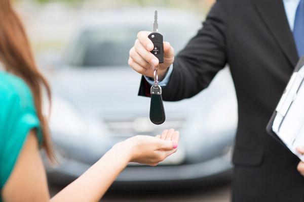 Автомобиль в кредит – за что придется заплатить заемщику?