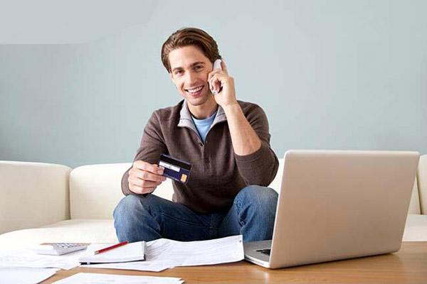 С какого возраста можно получить кредитную карту?