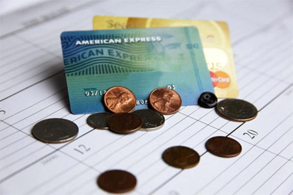 Минимальный  платеж по карте: стоит ли платить больше?