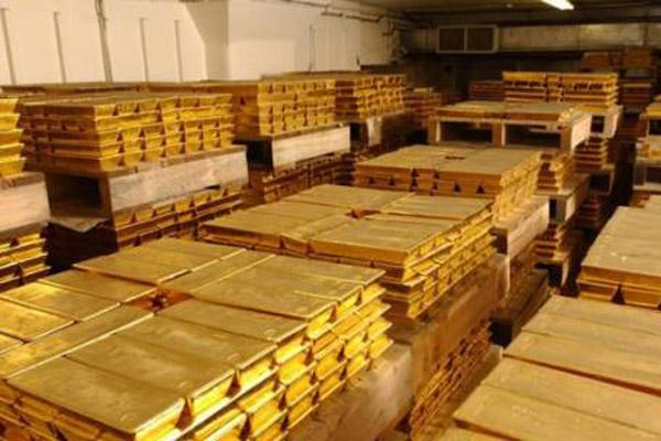 Почему МВФ интересует золотой запас Китая?