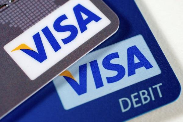 Кредитная или дебетовая карта?