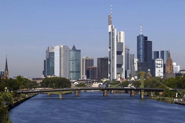 К чему стоит готовиться, если вы хотите вложить деньги в недвижимость в Германии?