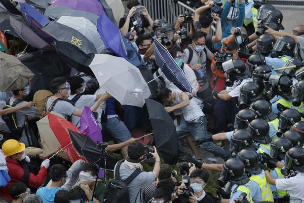 Останется ли Гонконг на карте мира финансовым центром?