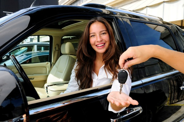 Как взять женский автокредит?