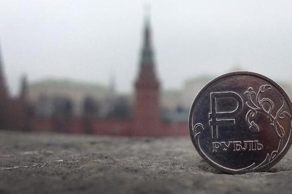 Падение курса рубля как одно из сражений в глобальной финансовой битве