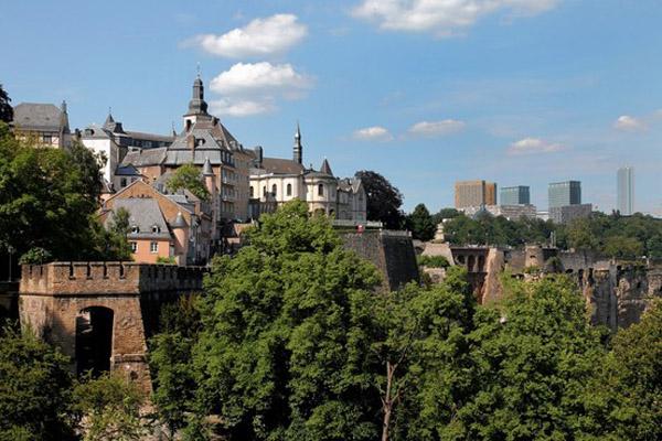 Не туризмом единым или Как Люксембург превратился в международный финансовый центр?