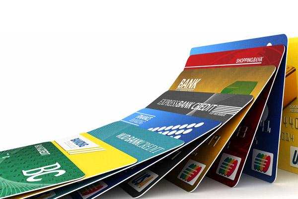 Оплата кредитной картой или дебетовой – в чем разница?