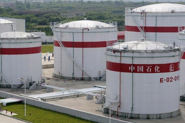 Французские банки уходят с азиатских нефтяных рынков?