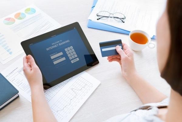 Контроль за своим банковским счетом и заявление о мошенничестве
