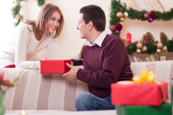 Как как бы взять кредит, чтоб как раз приобрести подарки?