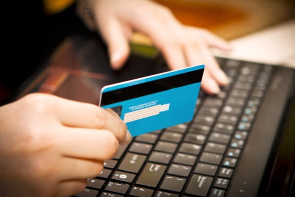 Кредит в интернете: виды, оформление, преимущества и недостатки