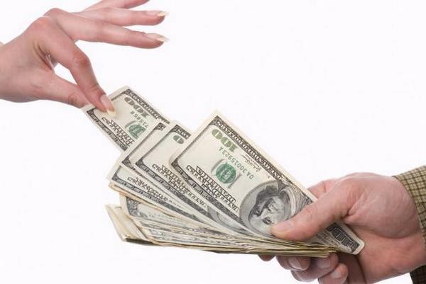 На какие цели финансовые организации выдают кредит наличными?