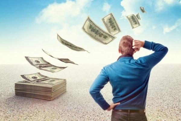 Как выплатить так сказать кредит людям с маленьким достатком
