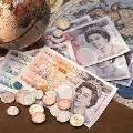 Курс фунта продолжает лихорадить